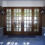 Quarter sawn white oak with bevelled glass